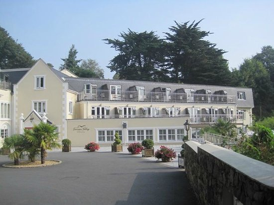 Fermain Valley Hotel: I was passing by