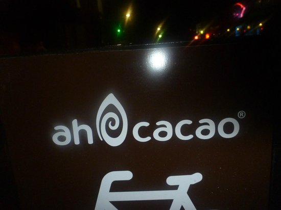 Ah Cacao Chocolate Cafe: Storefront