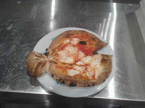 Carol Stream, IL: nemo pizza
