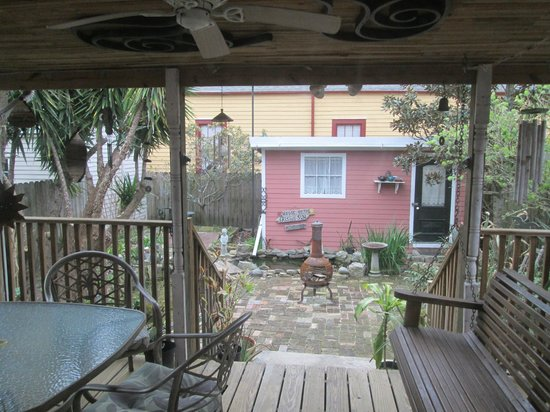 House of the Rising Sun Bed and Breakfast: Back Porch