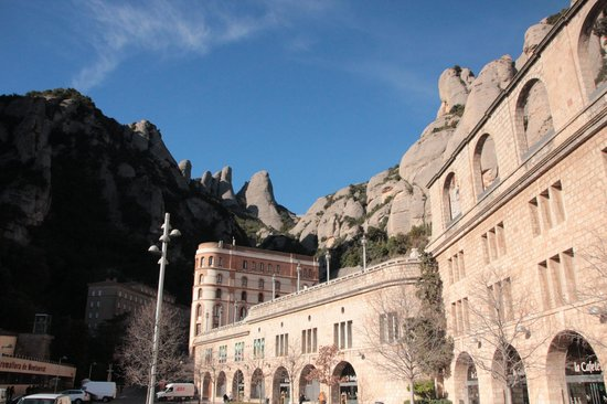 Montserrat Monastery : Montserrat Mountain from the abbey