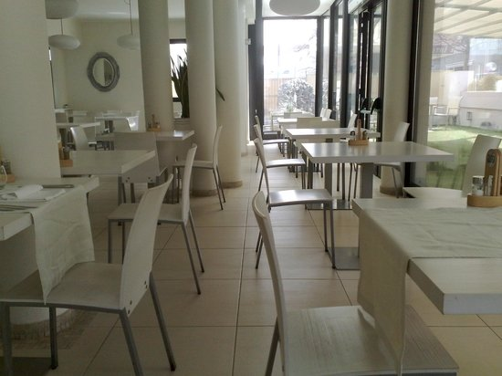 Ferretti Beach Hotel: La sala da pranzo