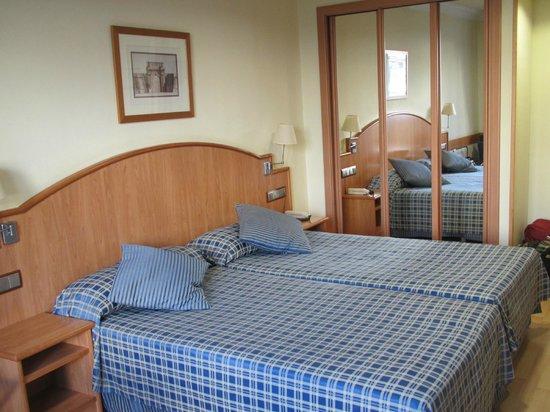 Hotel II Castillas : Вид номера