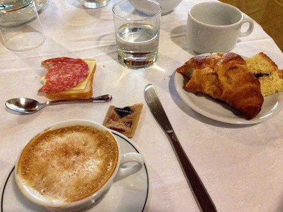 Residenza Il Villino B&B : Breakfast