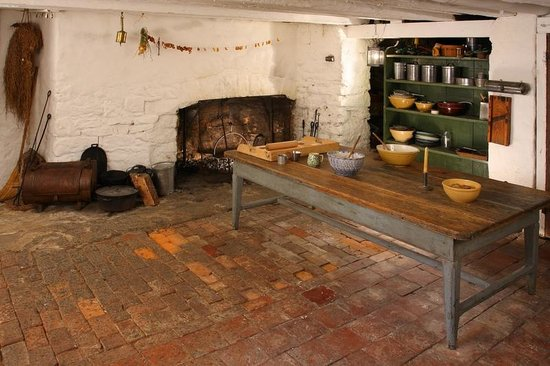 Ireland House Museum: 1850s Hearth Kitchen