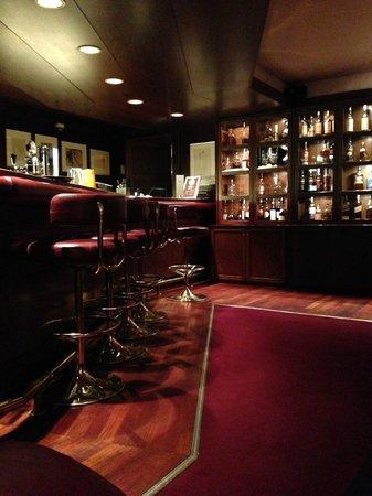 Hotel Holt: Hotel Bar