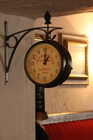 Old Albion Inn: Just in case you need to know the time