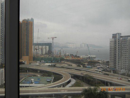 Harbour Plaza Metropolis: harbour view from the room
