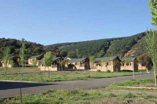 Caba as camping restaurante y piscina picture of lincetur cabaneros centro de turismo - Casa rural cabaneros ...