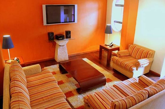 Peru Star Botique Apartments Hotel: Full Living Room in our Duplex Apartment