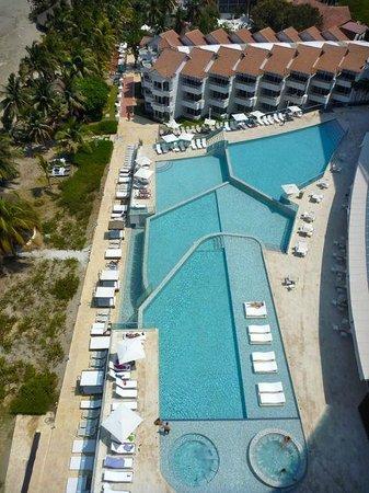 Hotel Las Américas Torre del Mar: Pools - vom Dach aus