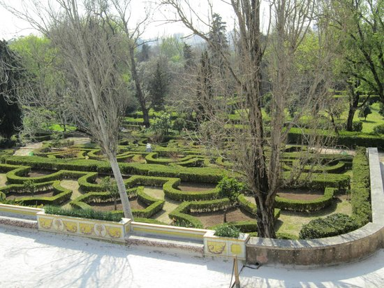 National Palace of Queluz: Formal gardens