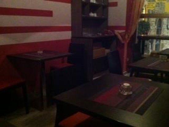 Enoteca Piacere Divino: 6 tavolini