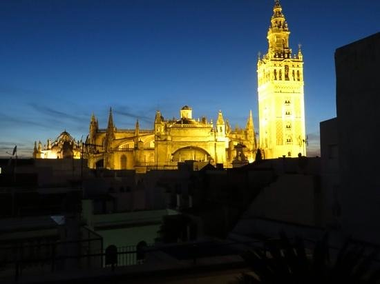 Hotel Casa 1800 Sevilla: View from the terrace at night.