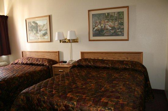The Plaza Hotel Carson City: Standard Double Queen