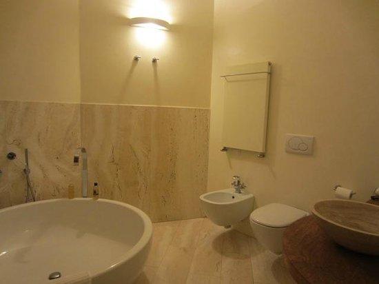 Il Paluffo - Main House B&B : Liberty Room - Bathroom