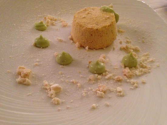 Ristorante Sole Franciacorta : Semifreddo al croccante con sprazzi di pistacchio