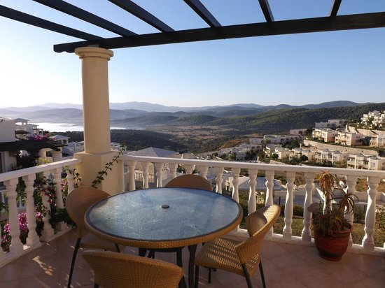 Flamingo Resort: Apartment View