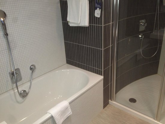 Novotel Luxembourg Kirchberg: Hotel11