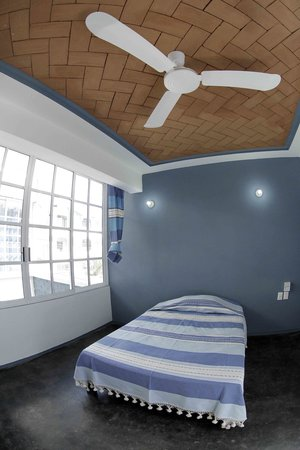 Hostal Azul y Blanco: Habitaciones Privadas
