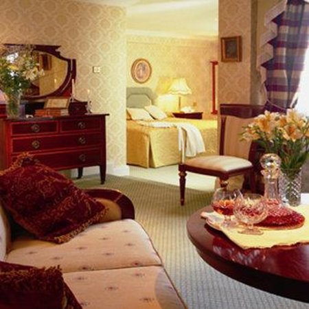 Killarney Royal: Junior Suite Room