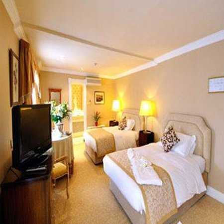 Killarney Royal: Twin Room