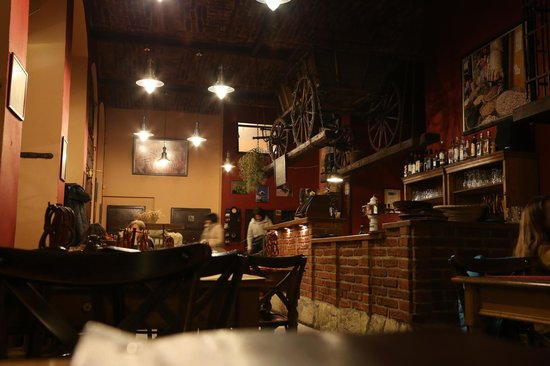 Skorepka: Интерьер ресторана