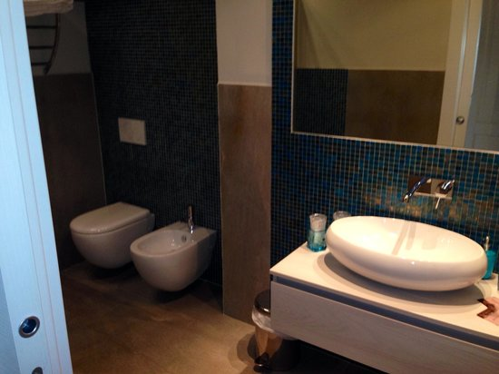 Bellambra - first class rooms and vacation apartment : Bathroom