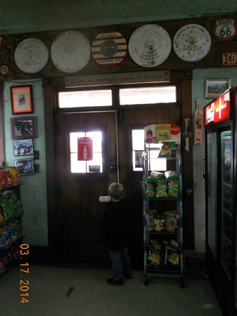 Moonshine Store: inside the front doors