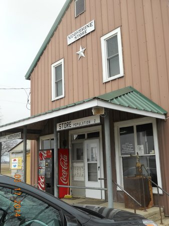 Moonshine Store: store front
