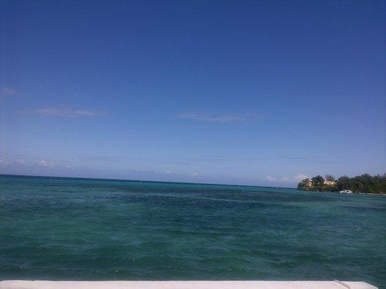 Silver Seas Resort Hotel: Вид с пирса
