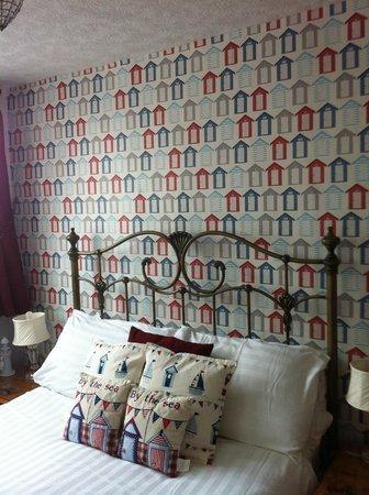 Bramblewick Guest House: seaside decor