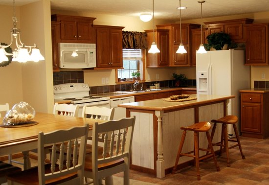 Spring Brook: Fully stocked kitchens make it easy to vacation
