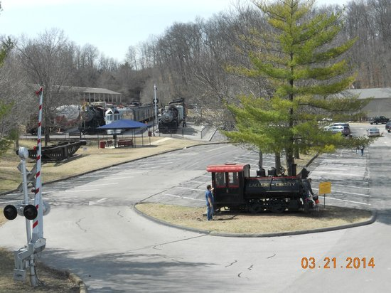 Museum of Transportation: upper parking lot and picnic pavilion