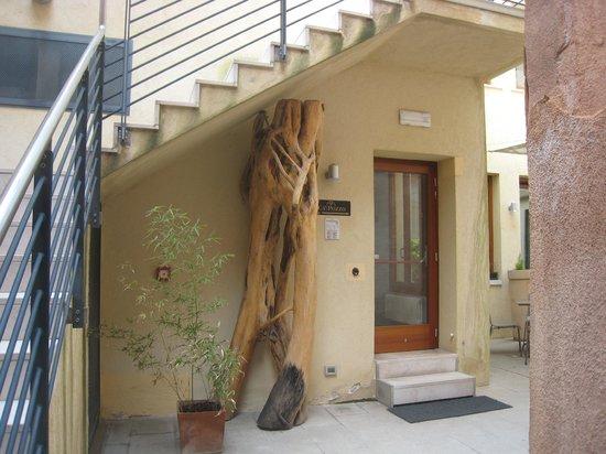 Ca' Pozzo Inn: Jardin de l'hotel