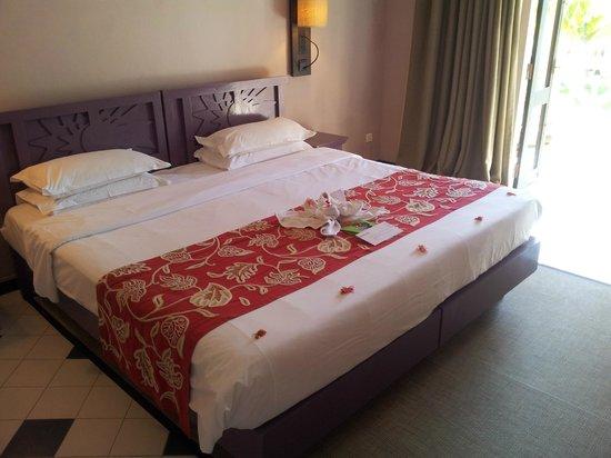 Club Med La Pointe aux Canonniers: grand lit confortable