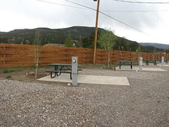 Aspen Ridge RV Park: New Patio sites