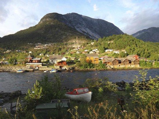 Kjaertveit Camping: вид на кемпинг