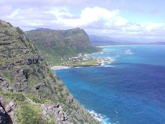 Makapuu Lighthouse Trail: View from the top of the trail