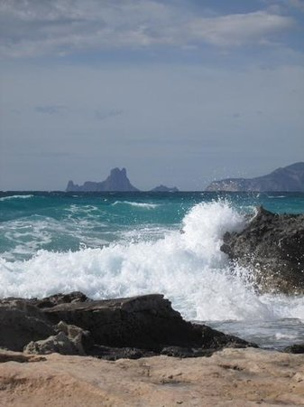 Strand Playa de ses Illetes: Es Vedra in the distance