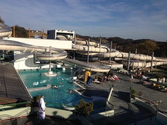 Thermenhotel Vier Jahreszeiten: Very much Funpark.