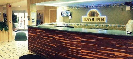 Days Inn Hilton Head : Lobby