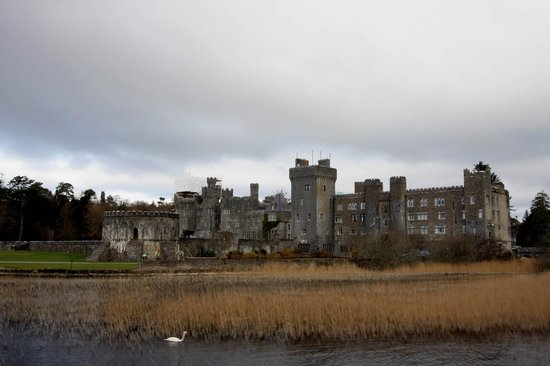 Ashford Castle : Back of Hotel from Lough