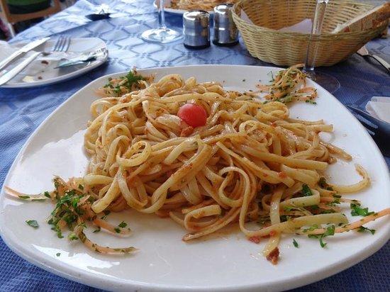 Ir-Rizzu Restaurant: Bavette con polpa di ricci