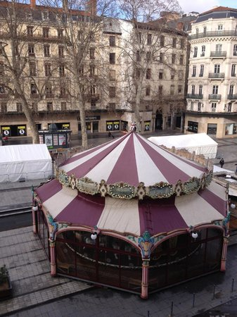 Hotel Carlton Lyon - MGallery Collection: Carousel seen from room