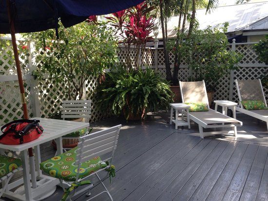 Ambrosia Key West Tropical Lodging: Great patio off Jungle Room
