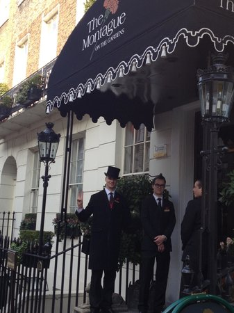 The Montague on The Gardens : front of hotel