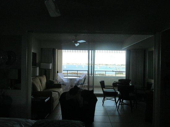 Flamingo Beach Resort : view from kitchen