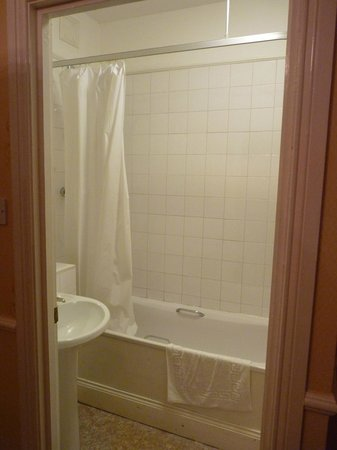 Nent Hall Country House Hotel: En Suite