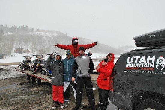 Utah Mountain Resort Tours : Fresh powder and happy guests.